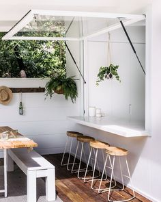 A bar in your garden!!