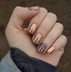 Moscow or Never Berlin It To Win It ring and thumb Coming Up Rose Gold overlay on all nails colorstreet rosegold Gold Acrylic Nails, Rose Gold Nails, Gray Nails, Fancy Nails, Trendy Nails, Nail Color Combos, Fall Nail Colors, Manicure, Fall Nail Designs