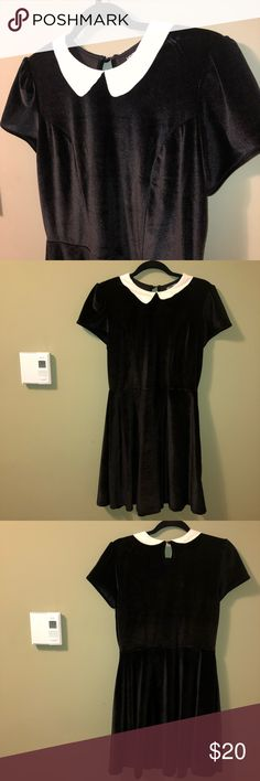 """HOT TOPIC CRUSHED VELVET BLACK DRESS W/ COLLAR ⋅Hot Topic, crushed black velvet with white collar dress ⋅Condition: Good, no visible damage.  ⋅Size M, please also refer to measurements. ⋅Measurements: Armpit to armpit: 18"""" Length: 34.5"""" Waist: 15""""  Great to dress up in, or to wear out! Hot Topic Dresses Midi"""