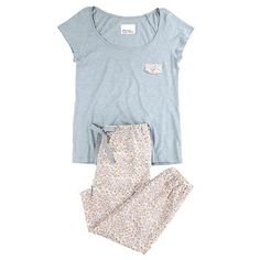 Discover our new Spring-Summer women's underwear collection: bras, panties, bikinis, swimsuits, and lingerie. Pajama Outfits, Kids Outfits, Cute Outfits, Cute Sleepwear, Loungewear, Girls Pajamas, Pajamas Women, Sleepover Outfit, Cute Pjs
