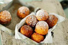 Szuperfinom túrófánk   Street Kitchen Sweet Desserts, Creative Cakes, Winter Food, Sweet Life, Cake Cookies, Cake Recipes, Food And Drink, Sweets, Snacks