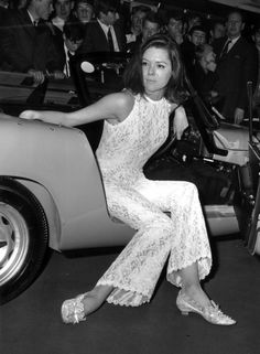 Diana Rigg, arriving in her Lotus Elán, at the 18 December 1969 London premiere of  'On Her Majesty's Secret Service' - in which James Bond/007 (brilliantly played by George Lazenby) meets, falls in love with, and eventually marries 'Tracy' (Côntessa Terésa dí Vícénzo) - superbly portrayed by Diana Rigg.