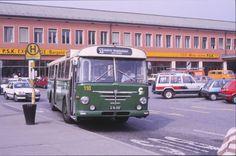 Graz, Bushaltestellen am Hauptbahnhof, September 1987 Graz Austria, First Bus, September, Bus Stop, Central Station, Old Pictures