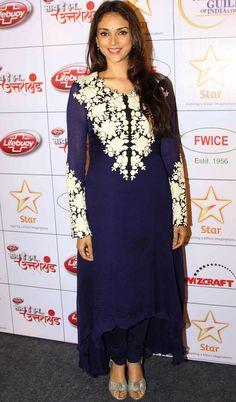Bollywood Ishtyle: Photo