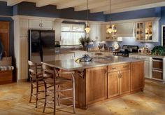 10 Kitchen Design Photos, From Classic To Contemporary: Kitchen Design Photos: Farmhouse with Unique Ceiling