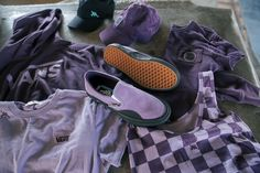 Lizzie Armanto's Vans Skate Collection Blossoms Just In Time for Spring Pro Skaters, Vans Skate, Neko Cat, Vans Sneakers, Bold Fashion, Boyfriend Tee, Spring Shoes, Vans Classic, Black Rubber