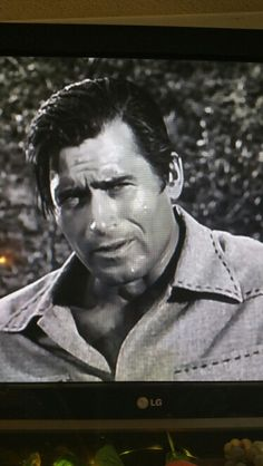 1961 Cheyenne Perfect Man, A Good Man, Clint Walker Actor, Cheyenne Bodie, Western Movies, Tv Actors, Hollywood Stars, Comedians, Blue Eyes