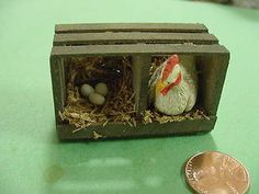 Vintage Style Apple Crate with nesting Chicken