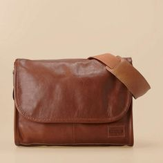 @Jim Gutheil.  Look at this bag: Fossil Workman Messenger