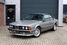 The BMW as it was known in North America and Japan, was first introduced in 1983 at the Frankfurt Motor Show. Bmw 635 Csi, Bmw E24, Bmw 6 Series, Bmw Classic Cars, Oem, Convertible, Paint Colors, Vans, Gray