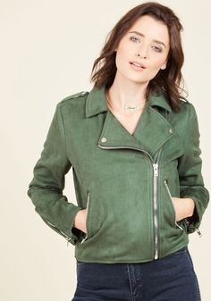 Handle it all from errands to after-dinner drinks with stylish flair by rocking this green moto jacket for all the day has in store! With its sharp, cropped cut, silver hardware, and asymmetrical zipper, this edgy layer has enough aplomb to endure for hours.