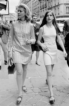 Lauren Bacall's 60's street style is beyond amazing. // #streetstyle #beauty #fashion #icon