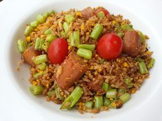 FRIED BROWN RICE WITH GREEN BEAN AND SAUSAGE