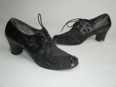 vintage 1930s shoes--very like the shoes I get to wear in ...Tenor