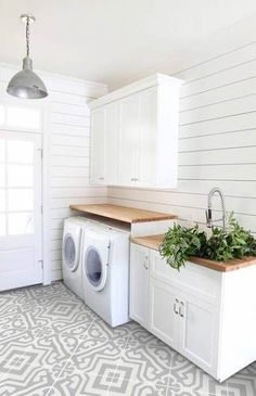 Farmhouse Bathroom Tile Floor White Cabinets 59 Ideas For 2019 #farmhouse