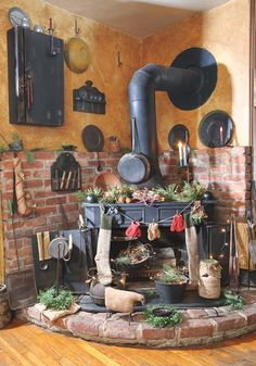 Looking at getting a stove like this one for the kitchen, I would be in heaven! <3