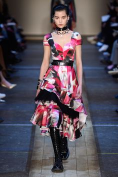 Alexander McQueen Fall 2019 Ready-to-Wear Collection - Vogue