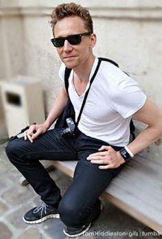 Tom in Paris, 22 May 2013 Eres bello bello bello mas que el firmamento