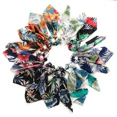 Srunchie scarf hibiscus/ leaves – Lizzys Abode$8 Hibiscus Leaves, 4th Of July Wreath