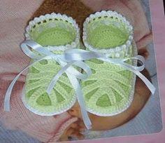 Sandalo bimba elegante uncinetto