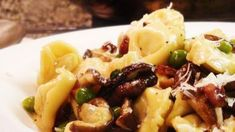 Tortellini with Mushrooms & Peas
