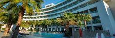 Crystal Sunrise Queen Luxury Resort & Spa - Crystal Sunrise Queen Luxury Resort & Spa'da sınırsız konfor ve güler yüzlü hizmet, eşsiz bir mimari ile buluşuyor. Kusursuz servisin eğlence ile birleştiği, birbirinden farklı özellikte ve konfordaki odalarında tatilin keyfini doyasıya çıkarabileceğiniz bir otel. …