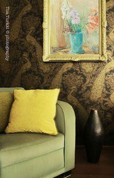 Kuva Koto Sisustussuunnittelun toteuttamasta kohteesta. Koton löydät TaloTalosta, rakentajan palvelukeskuksesta. #decorating #sisustus #livingroom #olohuone #keltainen #yellow #kultainen #golden #sohva #couch #koti #home #scandinavian #sisustussuunnittelu #finland #suomi #talotalo
