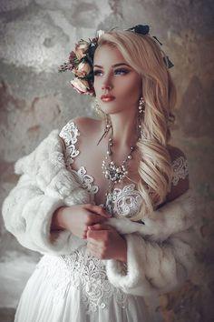 Vintage Fur, Vintage Bridal, Vintage Girls, Retro Vintage, Wedding Fur, Dream Wedding, Mode Baroque, Fantasy Photography, Horse Girl Photography