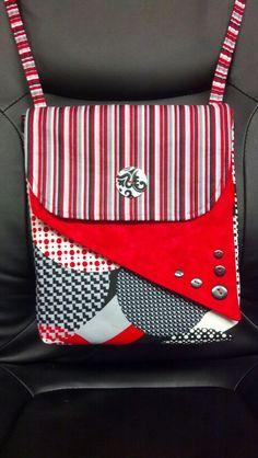 Messenger bag style purse!