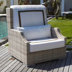 The deep-seated and high-backed design of this chair offers outstanding comfort for sunny-day outdoor seating.