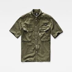 With a contemporary straight fit and fresh camo interpretation, this short…