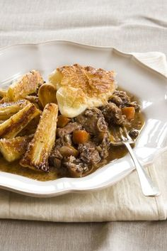 Braised oxtail (slow cooker) Recipe | Allyson Gofton