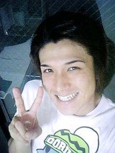 Daichan just looking at him makes me smile