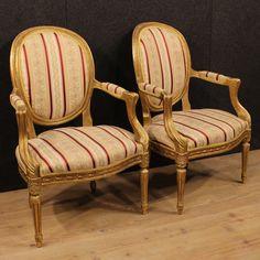 1400€ Pair of Italian gilded armchairs. Visit our website www.parino.it #antiques #antiquariato #furniture #lacquer #antiquities #antiquario #chair #armchair #fauteuil #decorative #interiordesign #homedecoration #antiqueshop #antiquestore #gold #golden #lacquered