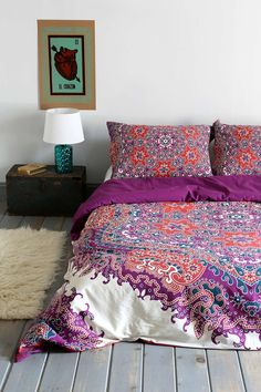 Magical Thinking Medallion Duvet Cover - Urban Outfitters by AislingH Dream Bedroom, Master Bedroom, Bedroom Decor, My New Room, My Room, Duvet Covers Urban Outfitters, Home Design, Interior Design, Bed Spreads
