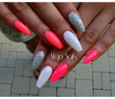 Nails - Today Pin Summer Nails - Today Pin 36 edgy ideas for matte black nails to break the manicure monotony page 48 Bright Summer Acrylic Nails, Best Acrylic Nails, Acrylic Nail Designs, Summer Stiletto Nails, Colorful Nails, Pink Nails, My Nails, Shellac Nails, Nail Manicure