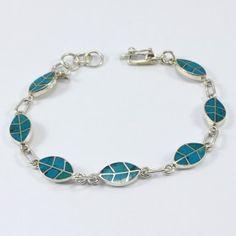 HOJAS DE COCA Top Blogs, Turquoise Bracelet, Fancy, Bracelets, Clothes, Jewelry, Enamel Jewelry, Handmade Silver Jewelry, Metal Jewelry
