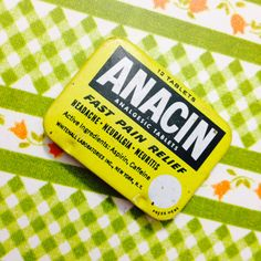 1pc VINTAGE ANACIN TIN Small Retro Box by cOveTableCuriOsitiEs, $10.00