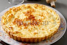 Pin by ΜΑΡΙΑ on Food and drink in 2020 Quiche, Flan, Food N, Food And Drink, Mushroom Tart, Greek Cooking, Party Buffet, Greek Recipes, Casserole Recipes