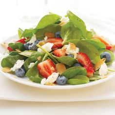 Berry Bright Spinach Salad