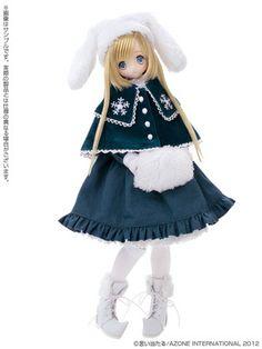 Azone Doll Direct Store Limited Series Majokko Raili littlewitch of snow Anime Dolls, Bjd Dolls, Doll Toys, Witch Dolls, Cute Dolls, Pretty Dolls, Doll Japan, Kawaii Doll, Poppy Parker