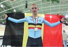 Robbe Ghys uit Lummen. Goud op wereldbeker baanwielrennen scratch in Polen.