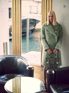 Carmen Kass by Serge Leblon for Vogue UK December 2014 7