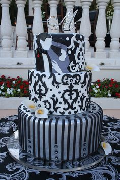 Great Gatsby Cake by Mighty Fine Cakes, via Flickr