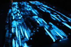 glowing-resin-table-mike-warren-8.jpg (880×586)
