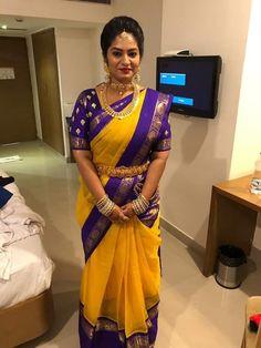 Saree Kuchu Designs, Silk Saree Blouse Designs, Saree Blouse Patterns, Silk Saree Kanchipuram, Ikkat Saree, Silk Sarees, Indian Bridal Fashion, Indian Wedding Jewelry, Bridal Jewelry