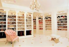 Not much makes me jealous, but this is pretty impresive!! Mariah Carey's closet