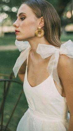 Vestidos Vintage, Vintage Dresses, Floral Dresses, Best Wedding Dresses, Wedding Gowns, Mode Inspiration, Wedding Inspiration, Lady Like, Lace Dress