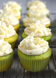Easy Pistachio Cupcakes