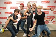 R5-louder take the quiz and see how ell u know R5